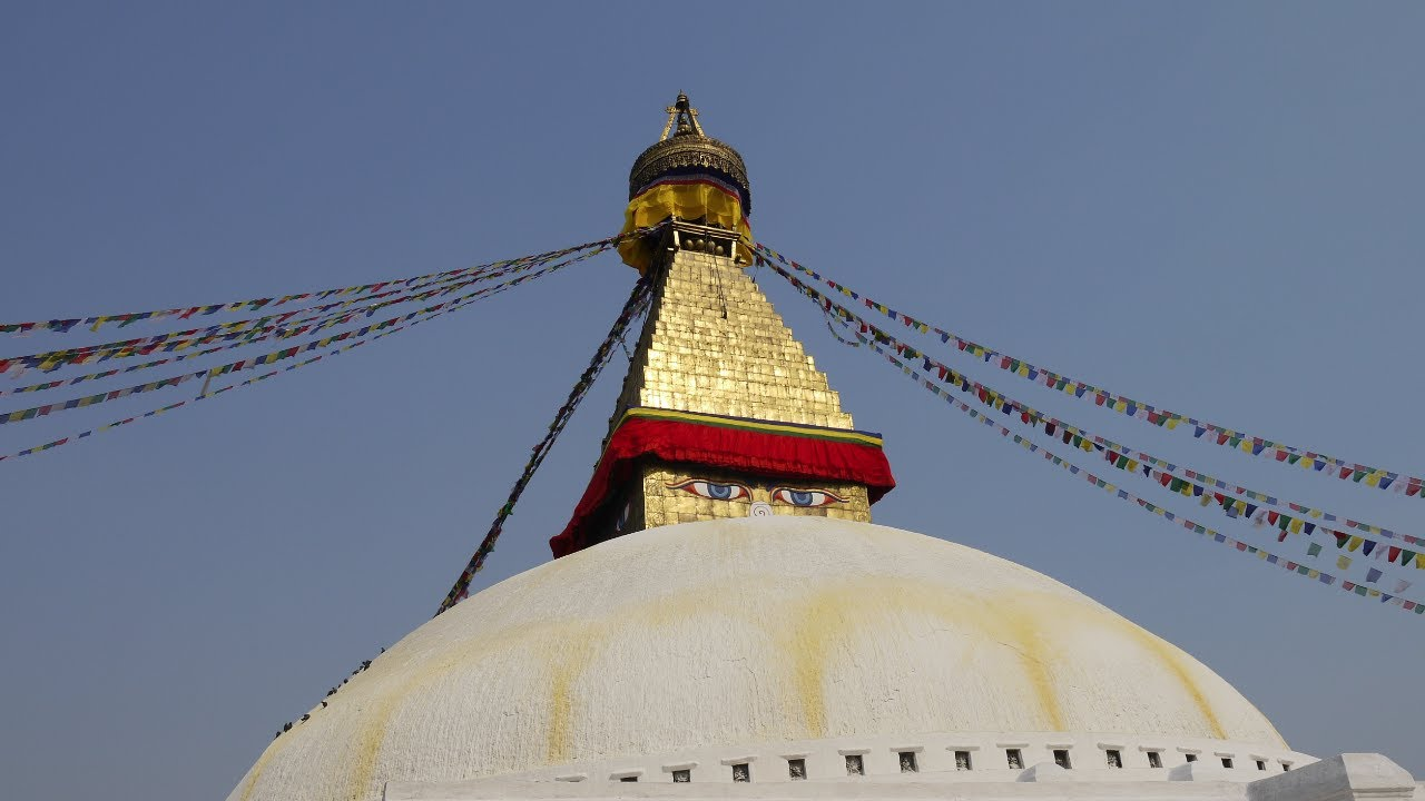 Encircling the Boudhanath Stupa – holiest Tibetan site outside Tibet