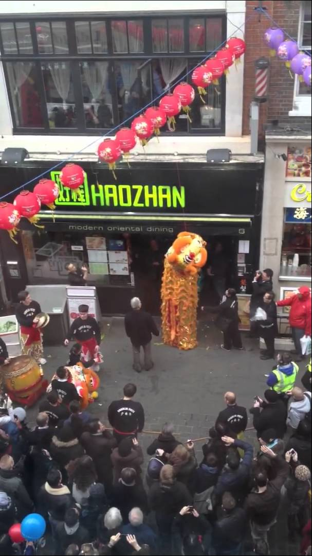 Lion Dance 2011 in London China Town – Chinese New Year