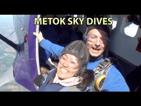 Metok's Sky Dive video – Tandem Jump at the North London Sky Dive Centre